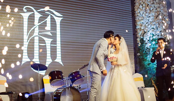 Giá quay phim cưới full HD